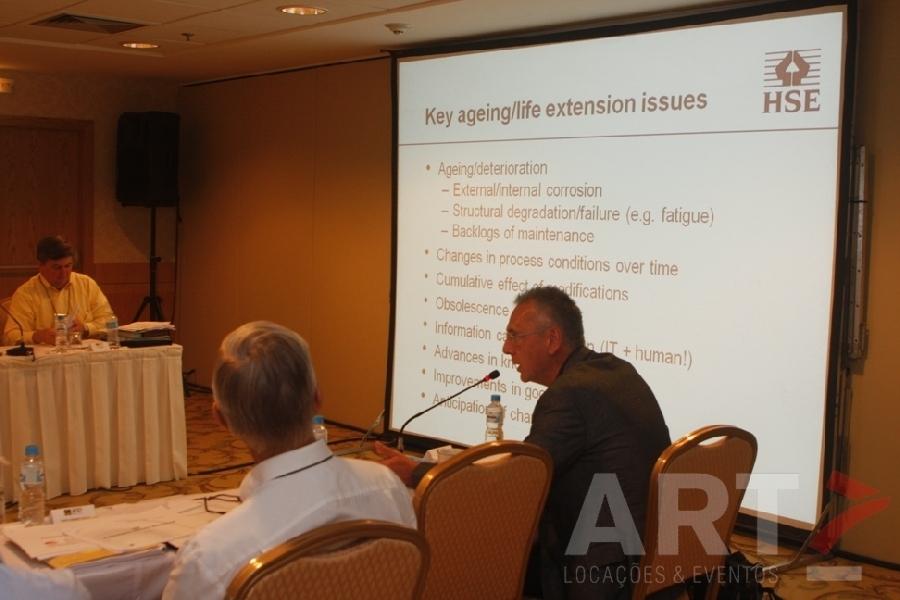 Tela 120'' com armação em Alúminio - 19º Forum Internacional de Reguladores
