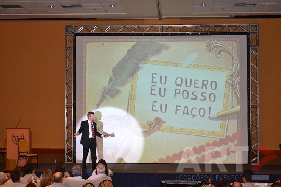 Tela 210'' com armação em Box Truss - Evento Convenções de Vendas Zamboni